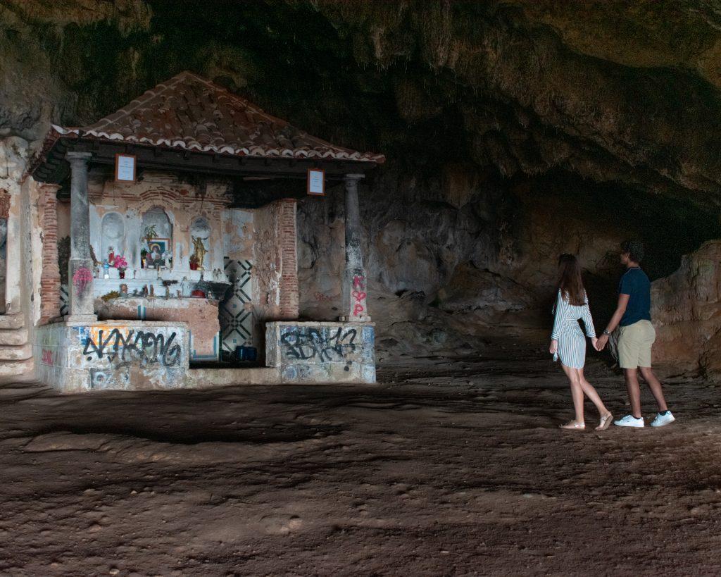 Serra da Arrábida: Gruta Lapa de Santa Margarida