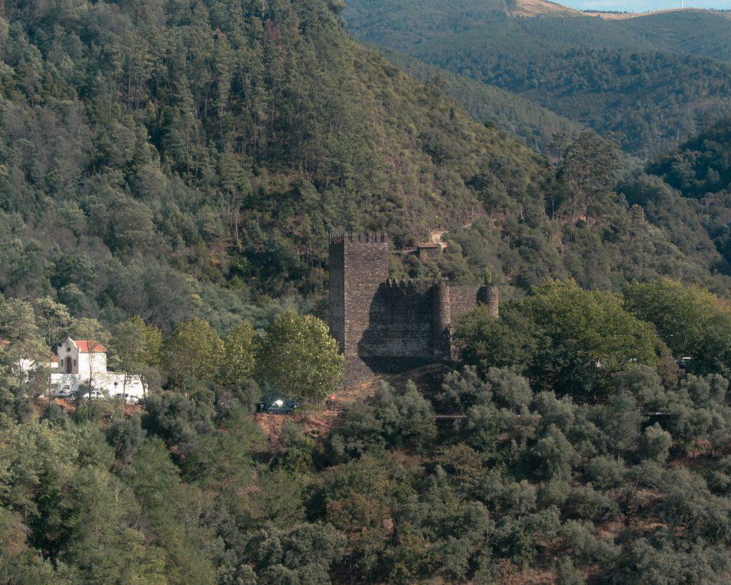Serra da Lousã Castelo da Lousã