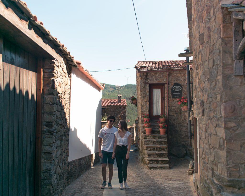Serra da Lousã ruas Gondramaz